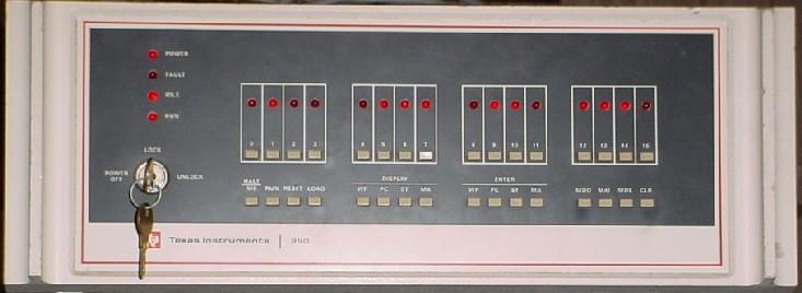 TI-990 operator panel